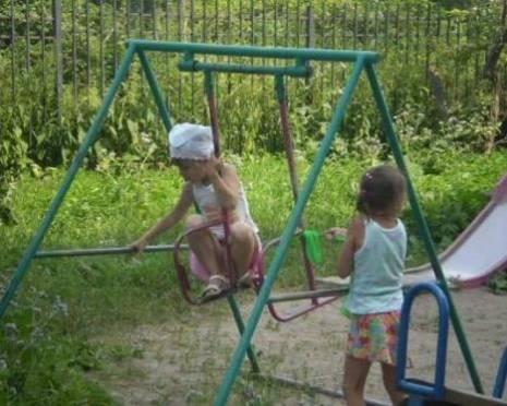 В Саранске обнаружены игровые площадки, угрожающие жизни и здоровью детей