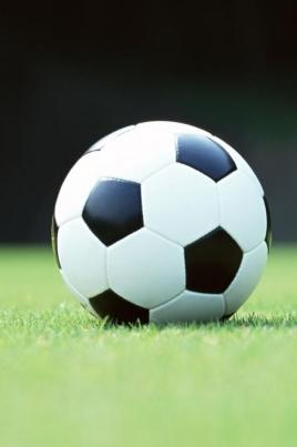 Игра первенства России по футболу среди женских команд постер