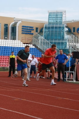 Чемпионат и первенство по лёгкой атлетике постер