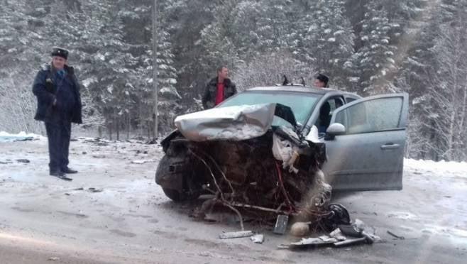 Легковая иномарка вылетела с трассы в Мордовии и перевернулась
