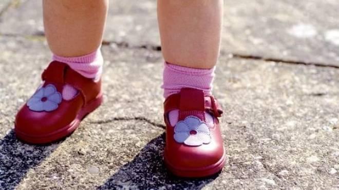 Жителей Саранска призывают поделиться обувью с нуждающимися