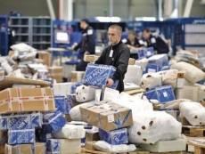 В предновогодние дни жители Мордовии получат более 12 тысяч посылок