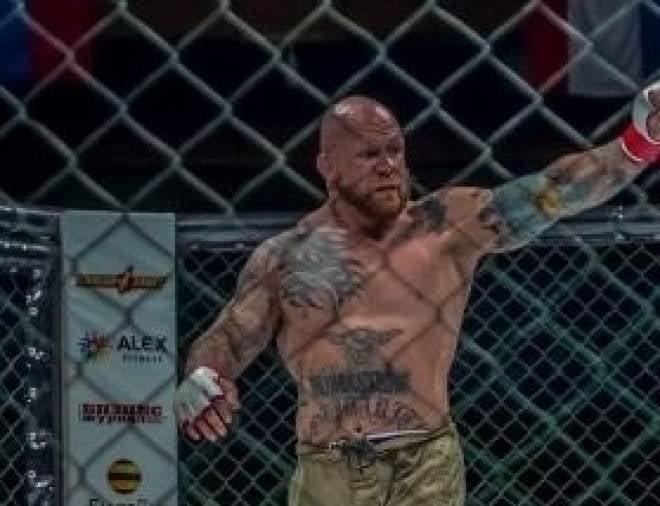 Джефф Монсон вышел на ринг в Саранске под гимн Донбасса