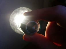 День энергосбережения: как заработать на токе из своей розетки?