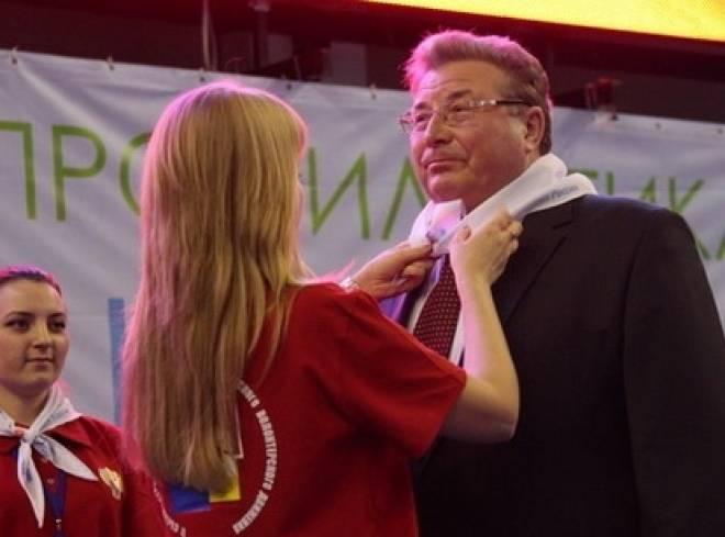 Глава Мордовии стал волонтером антинаркотического движения