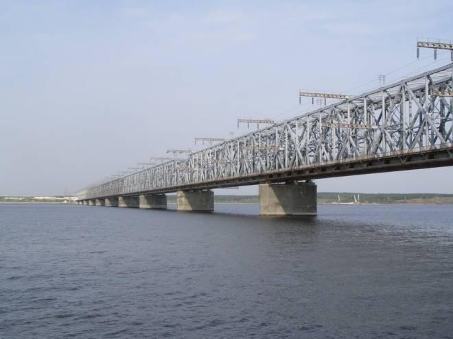 Грузовики из Саранска не проедут по Императорскому мосту в Ульяновске