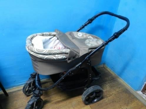 В Саранске бомж решил заработать на краже детских колясок