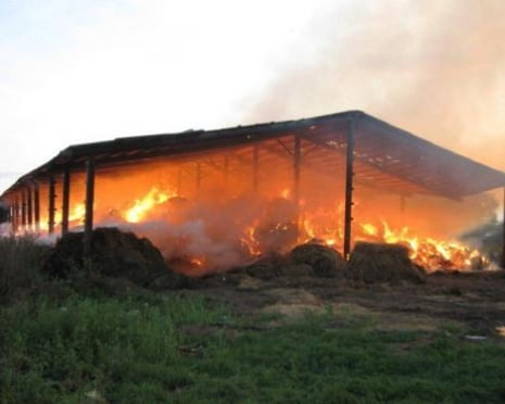 500 тонн сена сгорело в Старошайговском районе Мордовии