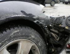 «Lada Priora» влетела в бетонный блок: водитель погиб