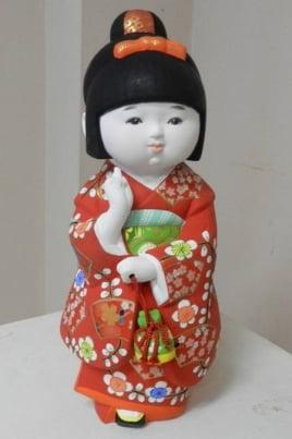 Традиционные куклы Японии как элемент праздничной культуры постер