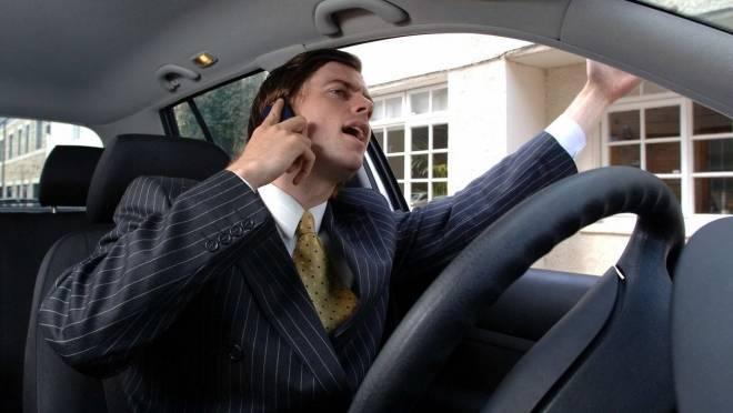 В Саранске накажут болтливых водителей