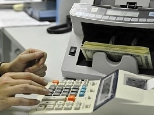В Мордовии кассир банка украла у клиентов почти 200 тысяч рублей