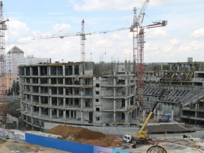 Универсальный зал в Саранске будут «крышевать» финны