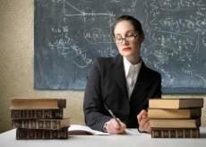 В Мордовии законотворцы хотят одеть учителей в униформу