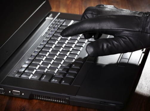 Двоих жителей Мордовии поймали на интернет-мошенничестве