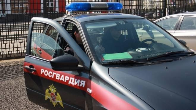 Вооруженный житель Саранска пытался вломиться в квартиру к бывшей жене