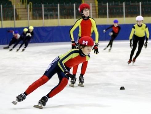 В Ледовом Дворце Саранска состоится первенство России по шорт-треку среди юношей и девушек