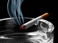 В России вступили в силу новые требования к «курилкам»