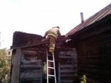 В Саранске при пожаре в заброшенном доме погибла женщина