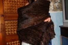 В Саранске женщина-бомж украла норковый палантин