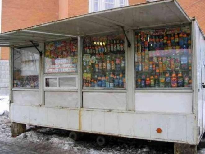 В ларьках Саранска продолжают продавать алкоголь