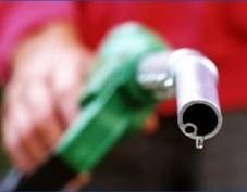 В России начались масштабные проверки качества топлива на АЗС