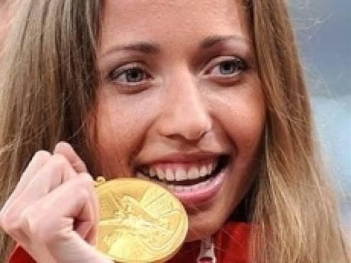 Каниськина завоевала «золото» в первом турнире после дисквалификации