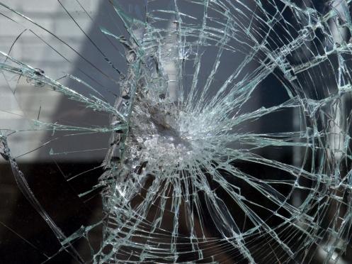 В Мордовии «Ауди А6» влетела в дерево: водитель погиб