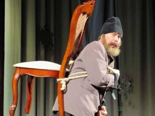 Судебные приставы Мордовии арестовали 8000 стульев