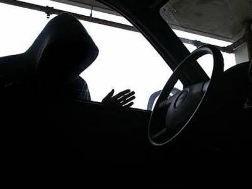 Пьяный житель Мордовии угнал авто, чтобы найти жену
