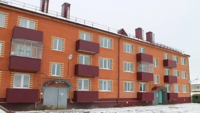 Переселенцы в Мордовии жалуются на плесень и протекающие батареи в новых квартирах