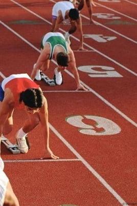 Соревнования по легкой атлетике постер