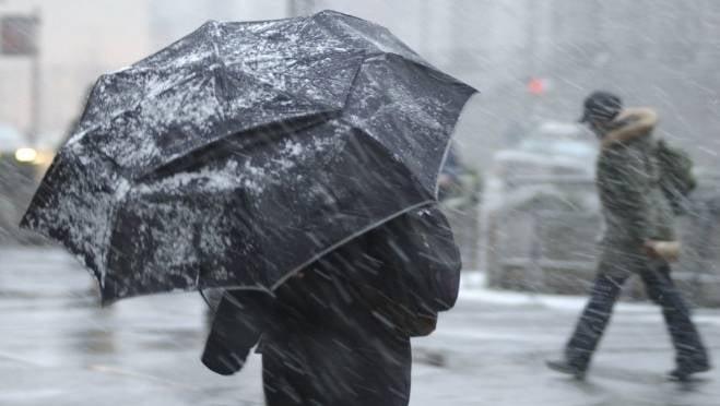 Мокрый снег, метель, гололёд: в Мордовии объявлено оперативное предупреждение на 17 декабря