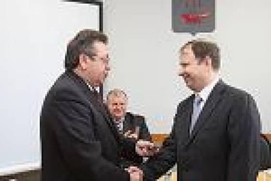 Ряды «Единороссов» Мордовии пополнились членами из числа политической элиты республики