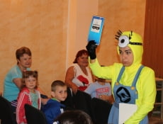 В Саранске о правилах поведения на дороге детям рассказали миньоны