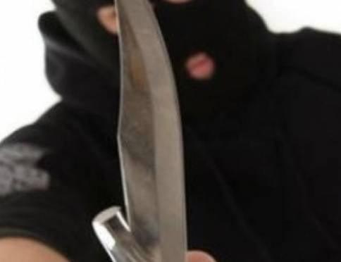 На жительницу Рузаевки напали с ножом на улице