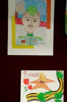 Выставка детских рисунков ко Дню Победы
