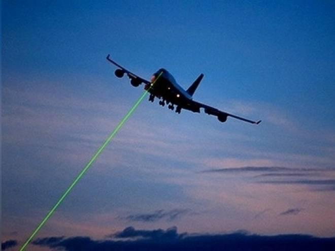 Перед посадкой в Саранске самолет подвергся атаке лазером