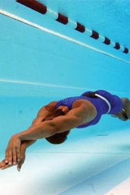 Соревнования по подводному плаванию постер