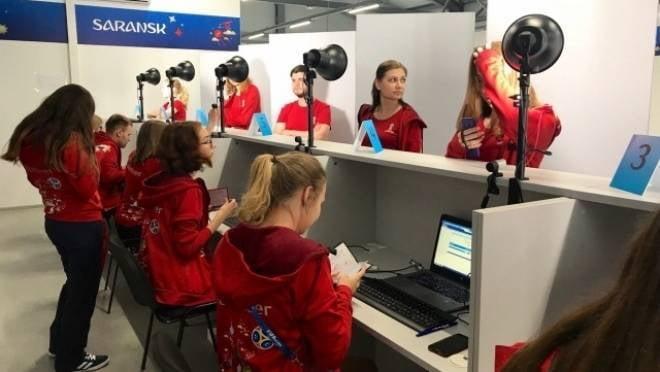 В Саранске первые волонтёры ЧМ-2018 вышли на свои позиции