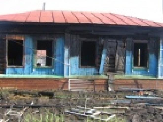В Мордовии при пожаре в дачном домике погибла мать с ребенком