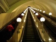Житель Мордовии погиб, споткнувшись на эскалаторе московского метро