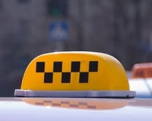 В Саранске таксист обокрал своего клиента