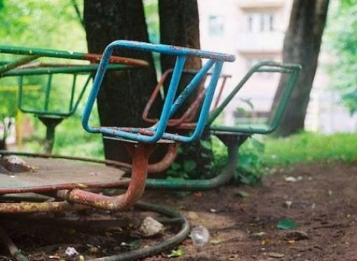 Игровые площадки в Саранске угрожают здоровью детей