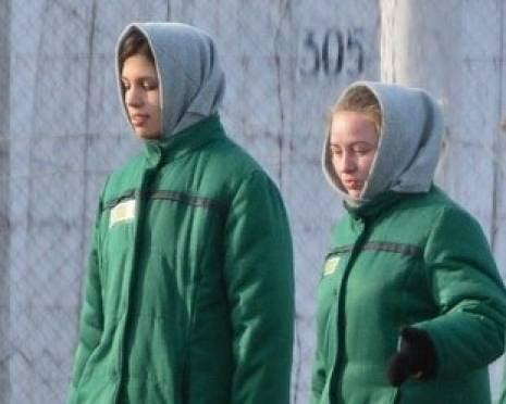Тюремные медики в Мордовии вернули участницу Pussy Riot на нары