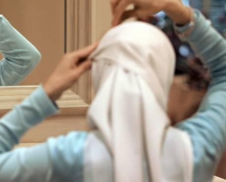 Минобразования России выступило против хиджабов в школах