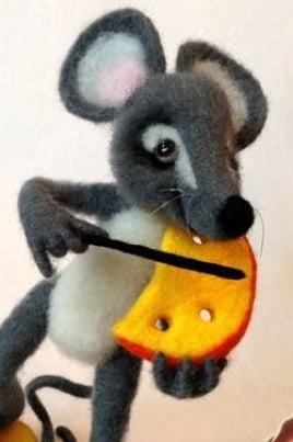 Озорной мышонок постер