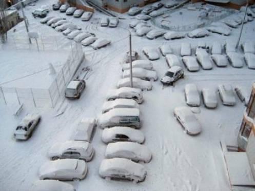 На 42 улицах Саранска вводят ночное ограничение парковки