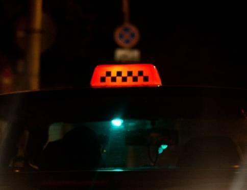 В Саранске таксист довёз пьяного пассажира до дома за 55 тысяч рублей