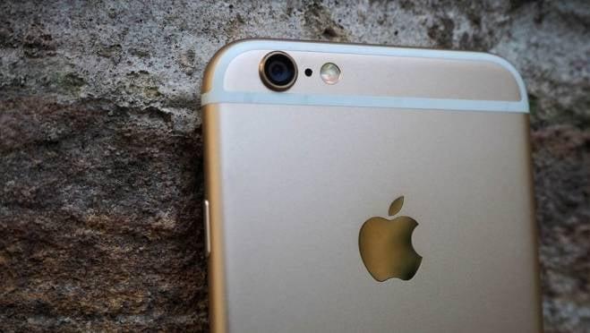 Вместо iPhone 6S девушке в Саранске прислали дешевый смартфон